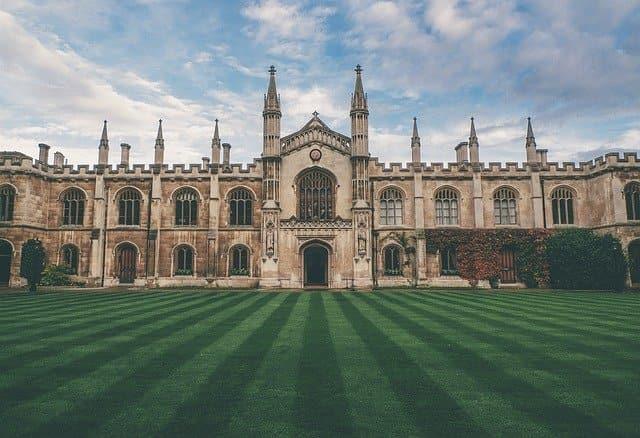 castle lawn great britain