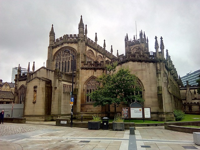 england cathedral manchester