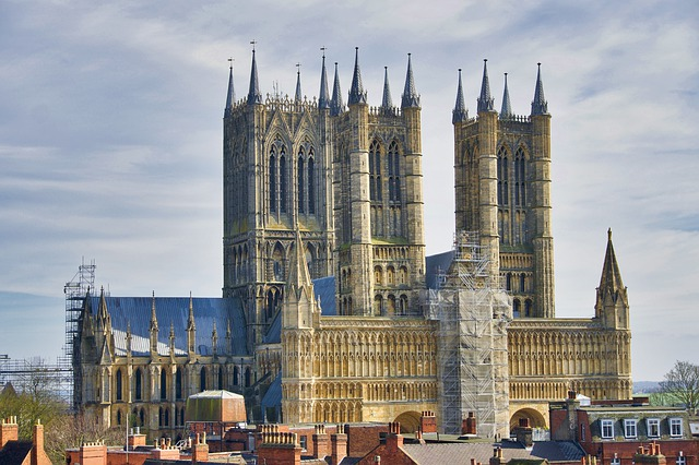 cathedral lincoln architecture