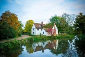 cottage suffolk flatford
